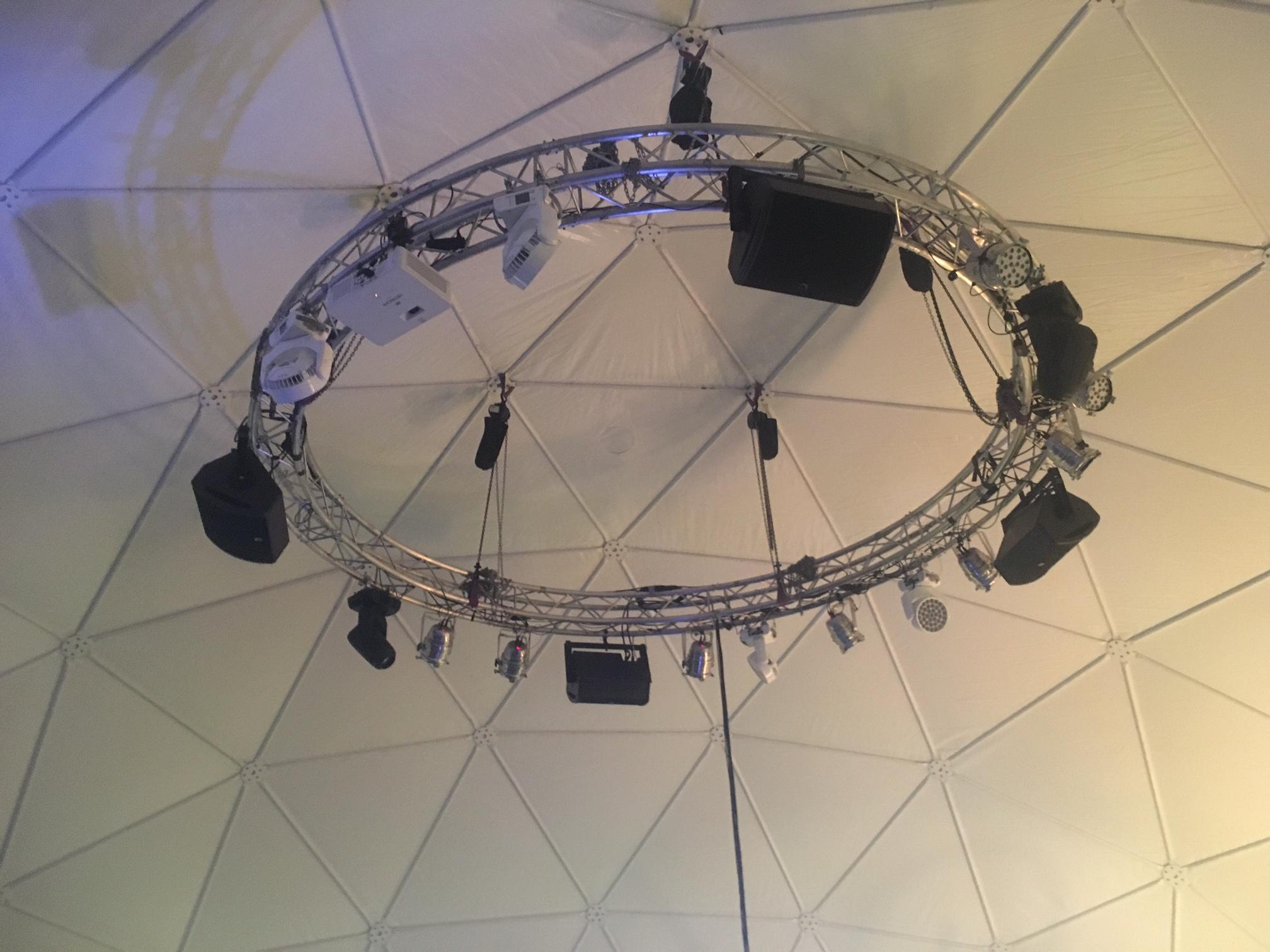 kruhový truss MBPFW + světla+ zvuk+ projekce
