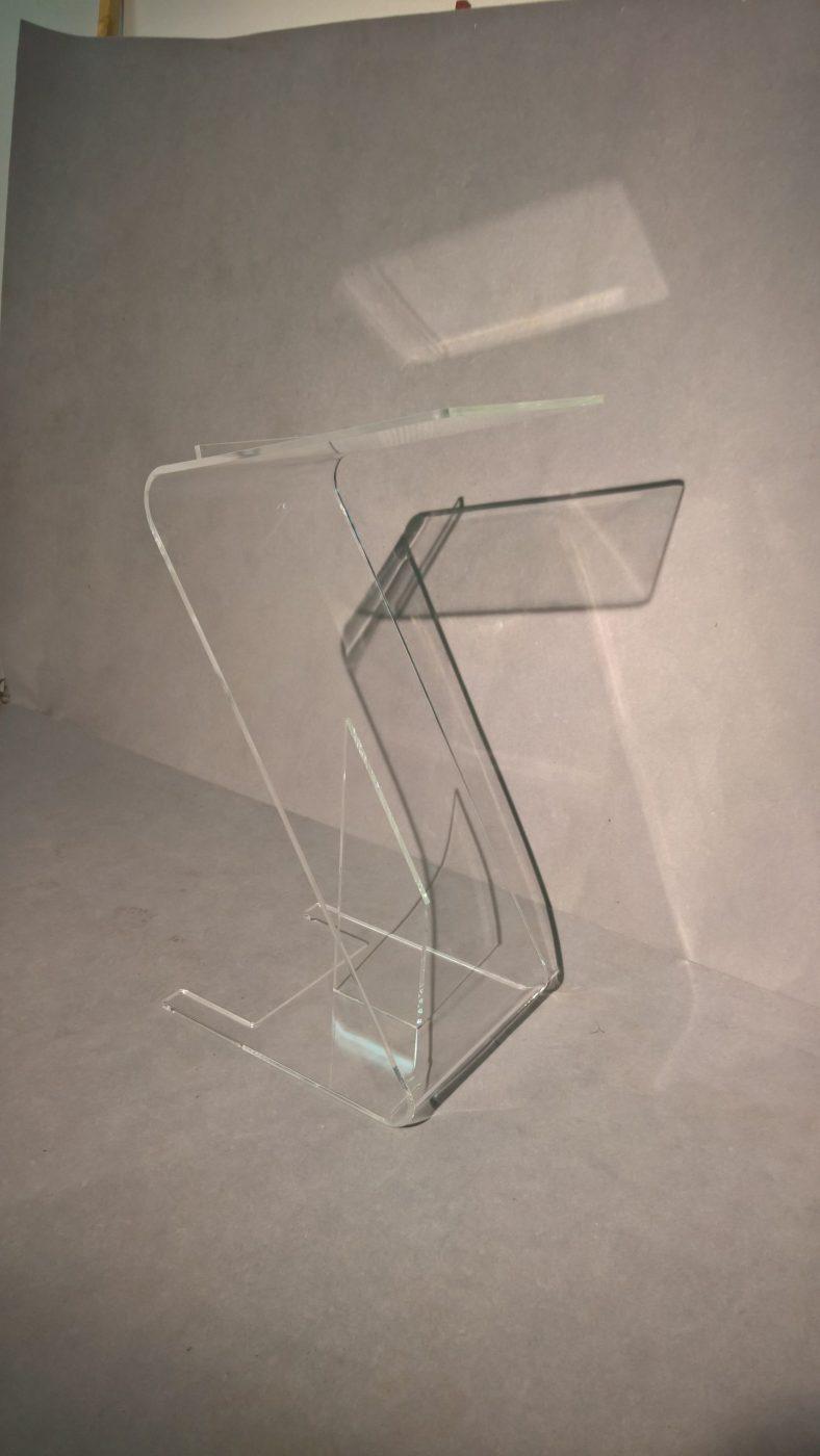 Řečnický pult plexi design