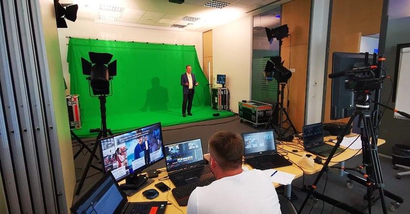 virtuální studio k online řešení eventů
